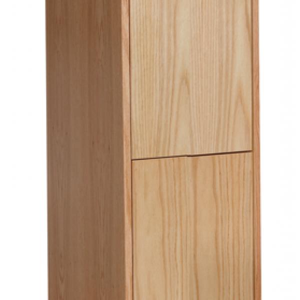 Club locker with optional Base
